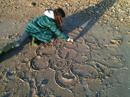 Sand doodle