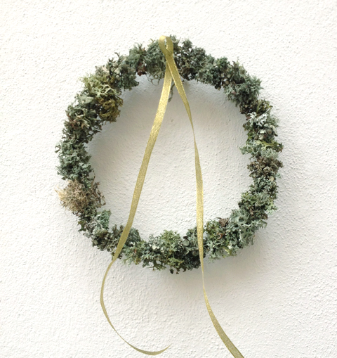 Lichen-wreath
